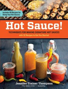 Baixar Hot Sauce!: Techniques for Making Signature Hot Sauces, with 32 Recipes to Get You Started; Includes 60 Recipes for Using Your Hot Sauces (English Edition) pdf, epub, eBook