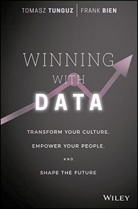 Baixar Winning with Data: Transform Your Culture, Empower Your People, and Shape the Future pdf, epub, eBook